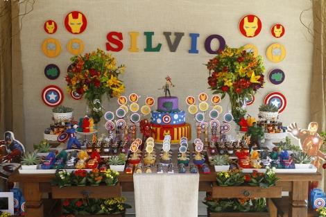 Festa Infantil OS VINGADORES